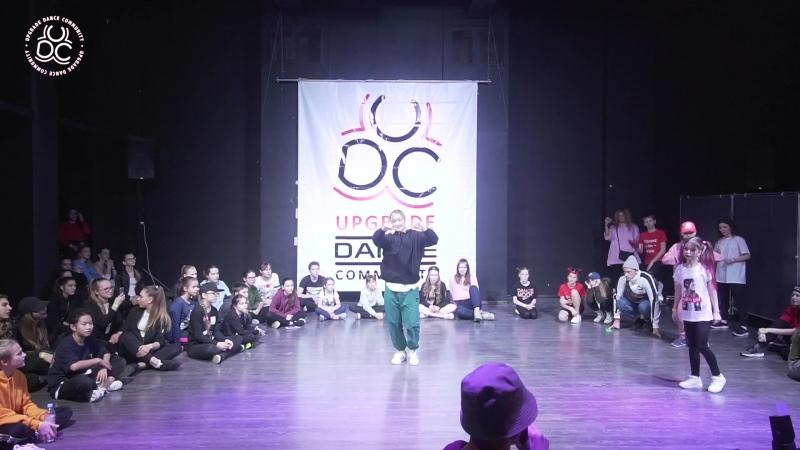 UpGrade Competition 2 (Freestyle Battle)Громова Лия VS Князева Алина