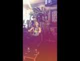 Pregnant Jessica Alba doing some sport
