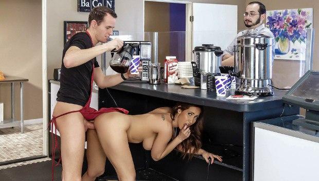 WOW Cafe Au Milf # 1