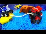Видео с игрушками, как Вспыш плывет на ОСТРОВ СОКРОВИЩ! Игрушечный кораблик 🚢 и ...