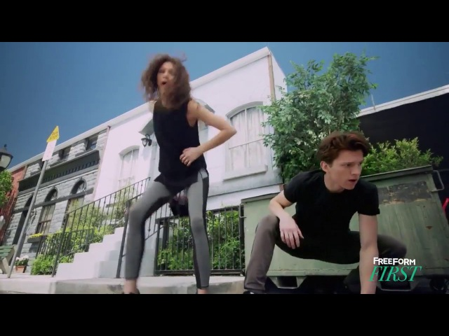 Spider-Man Homecoming | Rookie in Training with Zendaya Tom Holland