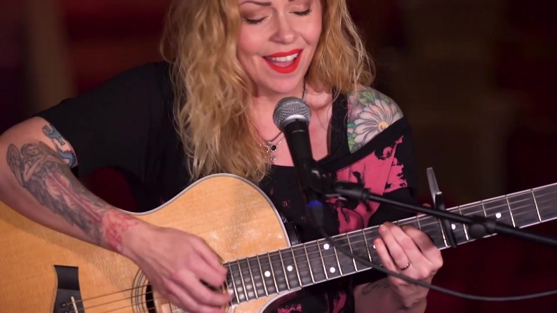Anneke van Giersbergen - Cloudbusting (Kate Bush cover)