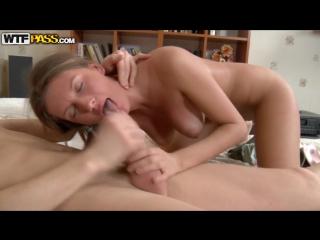Домашнее порно сисястая одноклассница фото 602-962