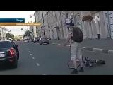 В Твери девушка на полном ходу сбила велосипедиста