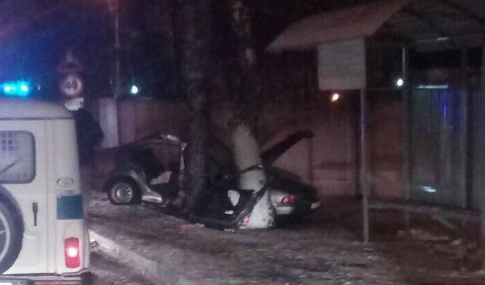 В дорожной аварии тяжело травмирована девушка-пассажир БМВ
