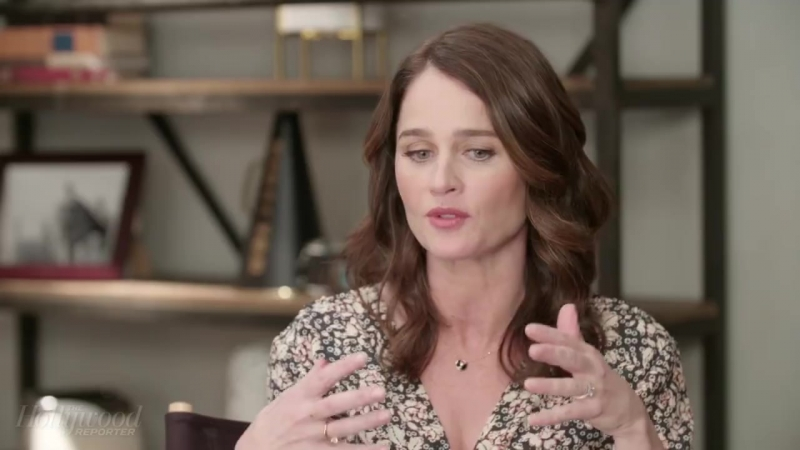 The Hollywood Reporter - In Studio: 'Looking Glass' Star Robin Tunney