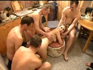 Секс групповуха в школе видео фото 384-177