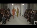 На подиум Лондонской недели моды вышли практически голые модели