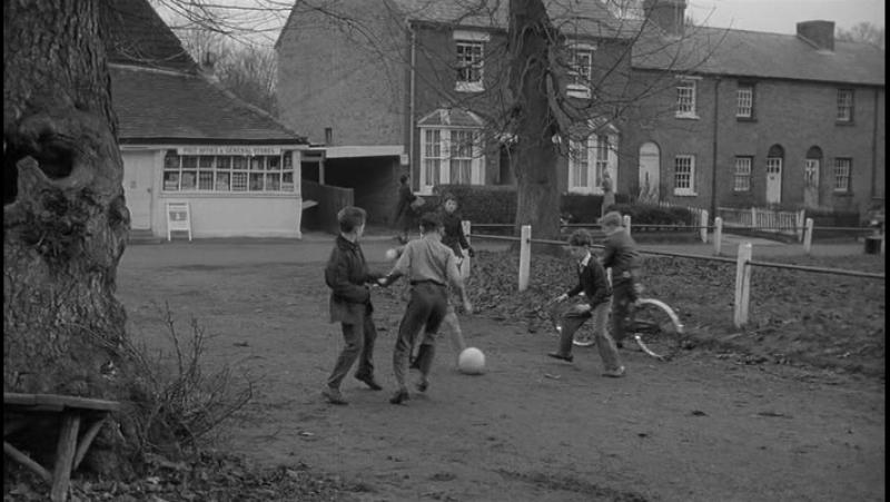 ДЕРЕВНЯ ПРОКЛЯТЫХ. / Village of the Damned. (1960)