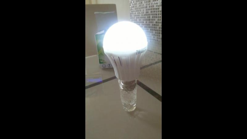 Энергосберегающая лампочка 💡