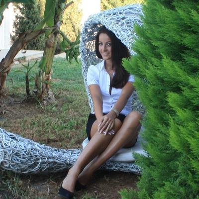Inessa Nicolaou