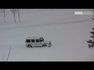 Mercedes G55 AMG In snow.mp4