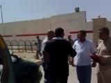 Помните журналиста, кинувшего свой ботинок на пресс-конференции в президента Джорджа Буша, когда тот приехал в Ирак? Он все эти