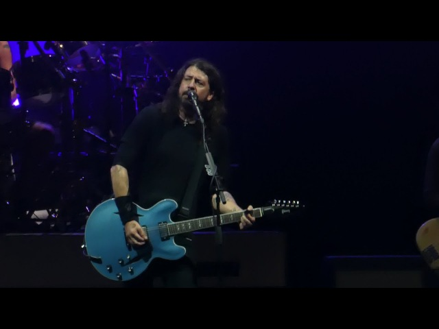 Concrete and Gold (1st Time Live) Foo Fighters@Richmond VA Coliseum 10/14/17