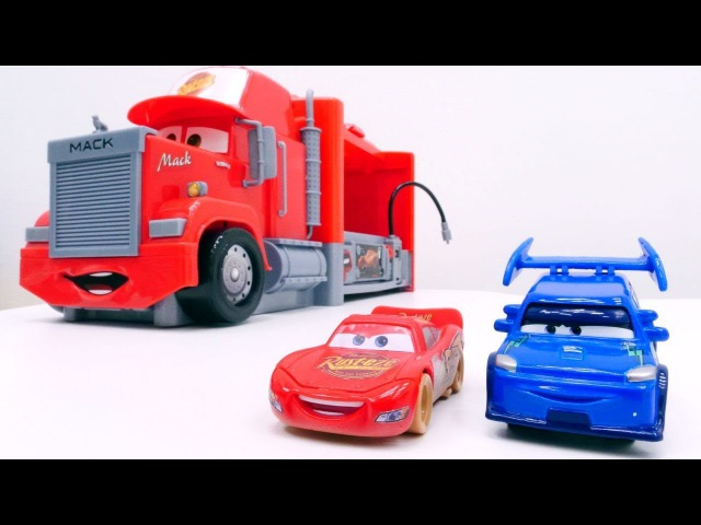 Lightning McQueen 🚗 ⚡ und DJ Cars2 probieren die neue Rennstrecke aus 🏁 Lightning McQueen Videos