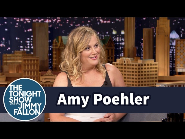Amy Poehler Hates Gambling, Loves Steak and Britney Spears in Vegas