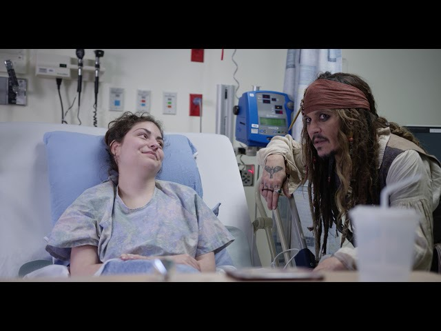 """Johnny Depp as """"Captain Jack Sparrow"""" sails into Vancouver to visit patients at BCCH [FULL VIDEO}"""