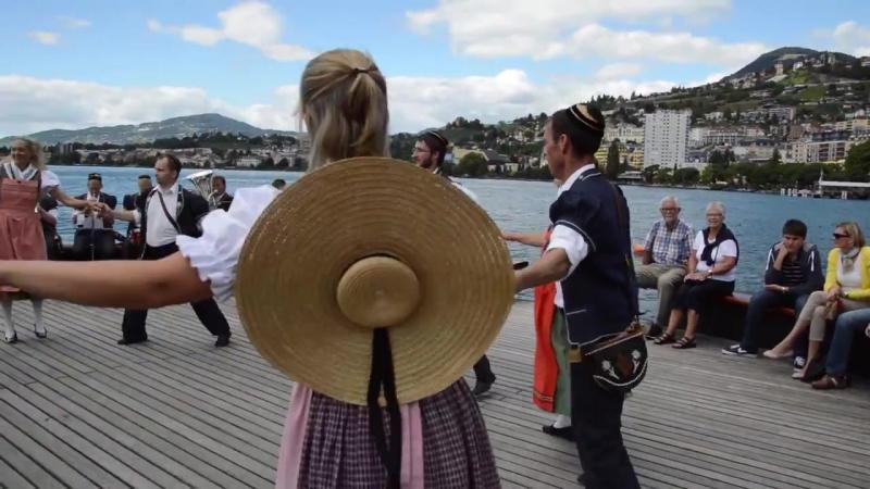 Groupe folklorique Les Coraules, Bulle, Gruyère, Fribourg, Suisse.Mp4
