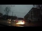 На ул. Коммунаров пешеход под колеса залетел...