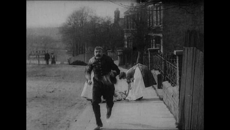 56 The unfortunate policeman (Robert W.Paul, 1905)