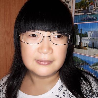 Анна Чен
