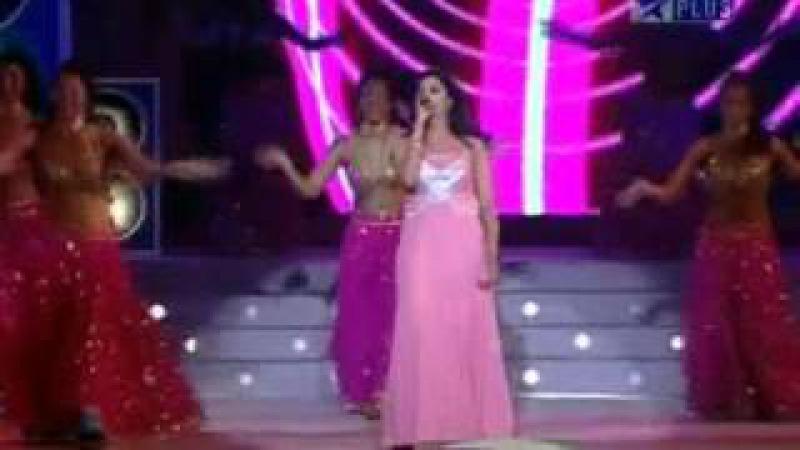 Shreya ghoshal performing at mirchi music awards 2