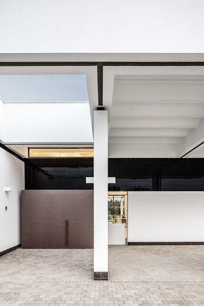 3 Patios House / Lagula arquitectes