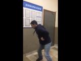 Неудержимые танцы в отделе полиции