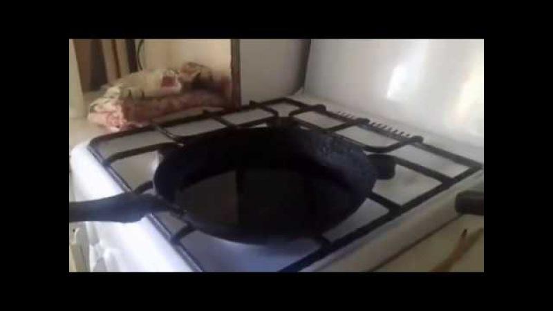 Спалил кухню. Воду в кипящее масло Прикол! Смотреть до конца!