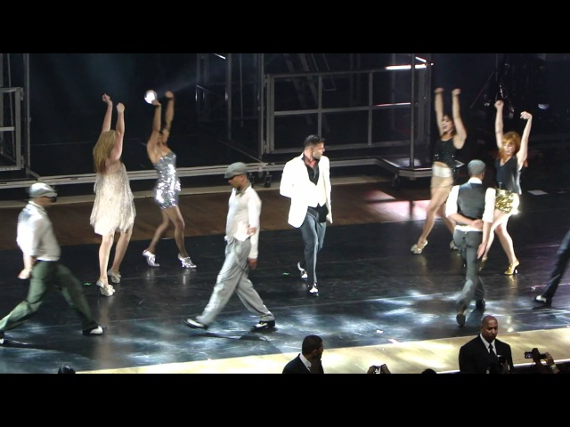 Ricky Martin - Livin' la vida loca / She Bangs - São Paulo 26/08/11 MASTour HD[1080p]