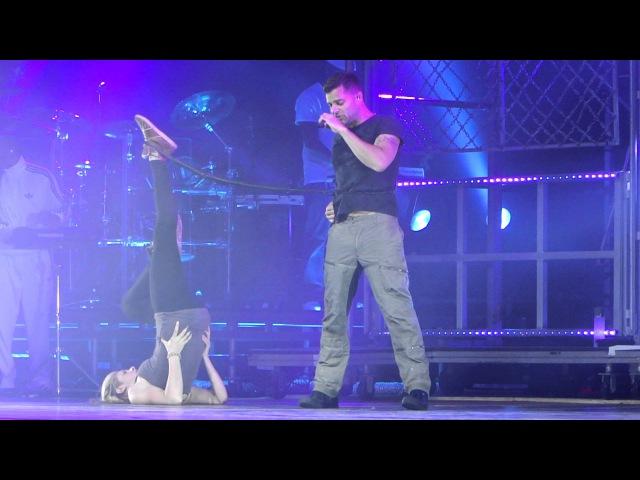Ricky Martin - Frio (Parte 1) - Hot Sound - MASTour São Paulo 26/08/11 HD[1080p]