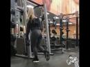 Красивые девочки тренируются, как вам ?    STRONG DIVISION