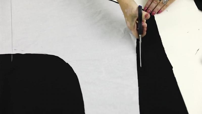 Платье отрезное без выкройки с треугольным вырезом и юбкой солнце с цельнокроеным рукавом Платье 9.mp4