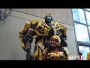 THIS IS BUMBLEBEE AT NYCC - EXTREME COSTUMES - TRANSFORMERS COSPLAY MICHAEL BAY