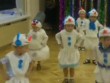 Когда на утреннике в детском саду все дети, как дети, а твой – Весёлый снеговик ?