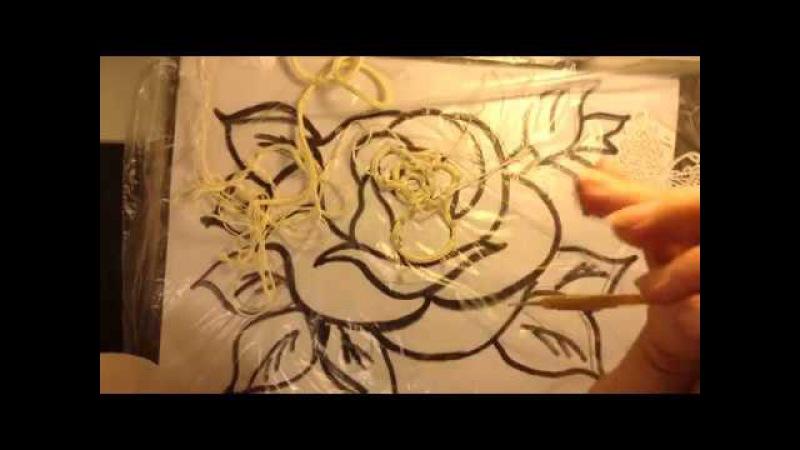 Роза на гибком шнуре