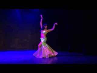 Maryam - Mexican belly dancer