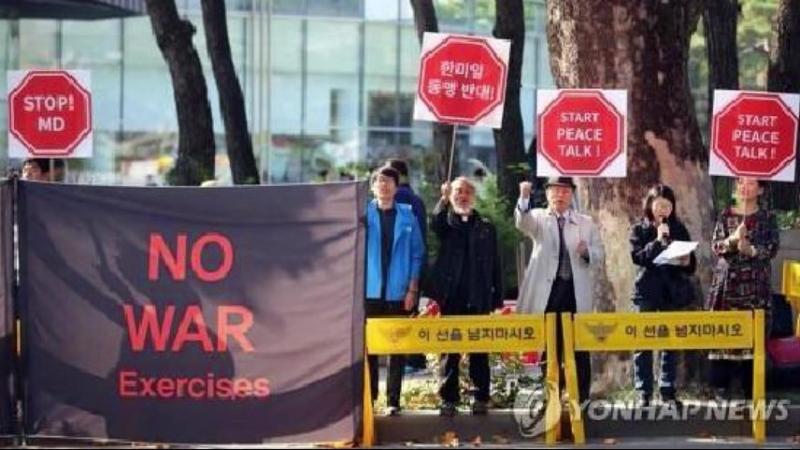핵전쟁위기를 몰아오는 북침합동군사연습재개소동 –남조선시민사회단체가 규탄- 외 1건