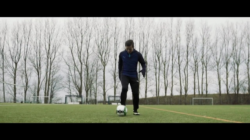 Learn to destroy your defender _ 3 humiliating football dribbles