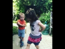 ножкой 🙄✌️ или безудержные танцы на свежем воздухе 🤗💃🕺🏻