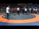 В Краснодаре на турнире по вольной борьбе началась драка. 26.09.17