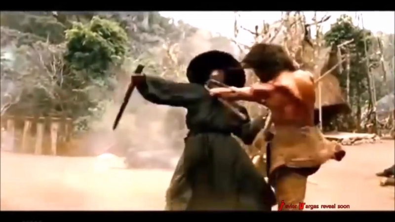 Tony_Jaa_VS_Jet_Li!__Grand-Masters_In_Training_Muay_Thai_Boxing_Versus_Wushu_Martial_Arts_Fight._22.mp4