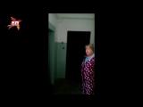 Женщина с тесаком сломала дверь соседу в Красноярске