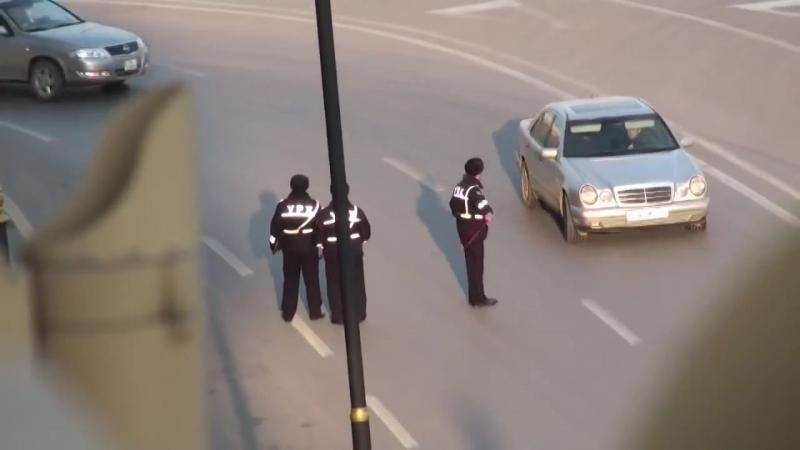 Polis pul yighir - Ужас что твориться в Азербайджане 2018 а вы плачете плохо живем?