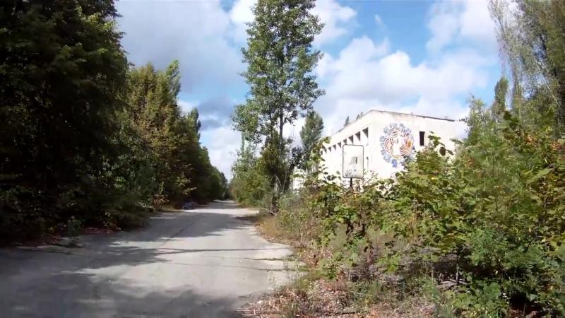 Пеший поход в Чернобыль. Путь в зону, утро в мёртвом городе