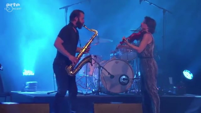 Colin Stetson and Sarah Neufeld (liva at Moers Festival, 2015)