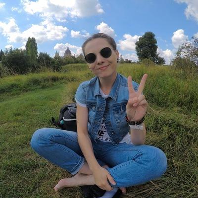 Анна Кириленко
