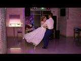 Первый танец молодоженов Ивана и Антонины. Ведущая Екатерина Крюкова