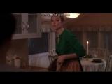 Отчаянные домохозяйки. Бри приводит в порядок дом Сьюзан))) #obovsem#отчаянныедомохозяйки#габисолис#линнетскаво#сьюзандельфино#б