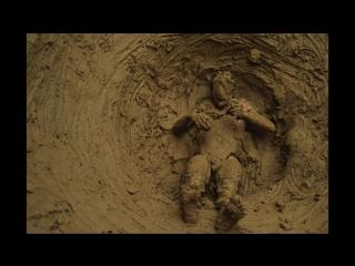 Performance Ghost in the mud - Olivier de Sagazan.